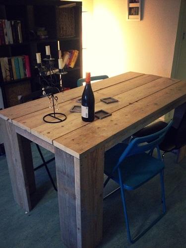 Eettafel - hoekpoot steigerhout